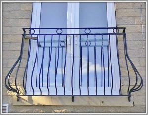 Wrought Iron Metal Bowed Juliette Balcony