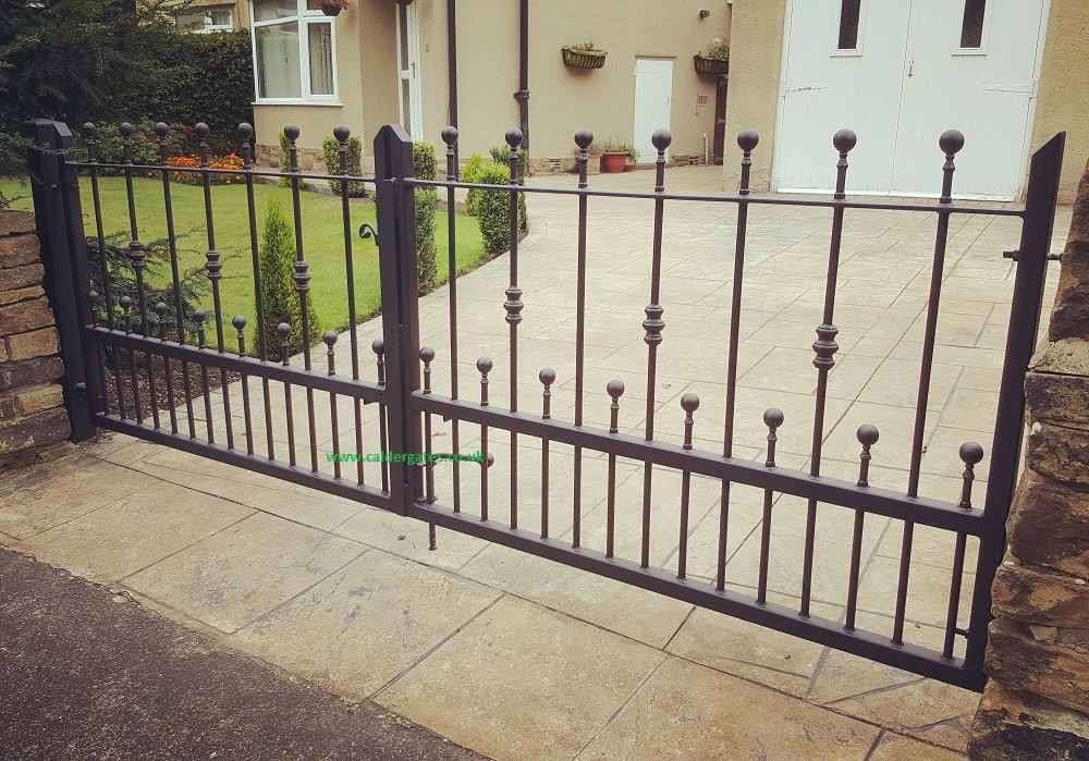 Wharfe wrought iron metal driveway gate contemporary design